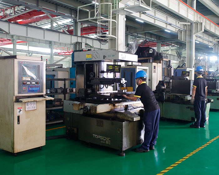 wire-electrode cutting processing line